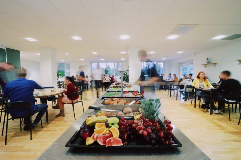 Frokost for alle coworkers i Coworking Café